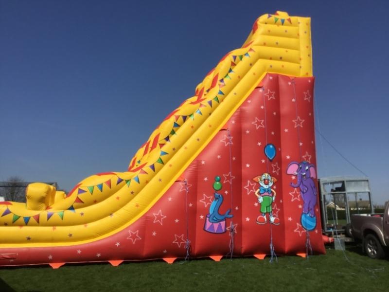 Circus_Slide